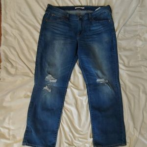Levi's cropped boyfriend jeans